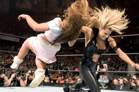trish stratus matches wwe news trish stratus challenged by mickie james for
