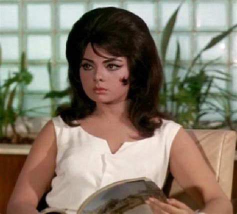 bollywood heroine nickname mumtaz outstanding actress pinkvilla