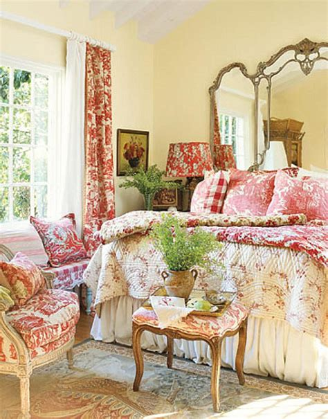 decorate  cottage style