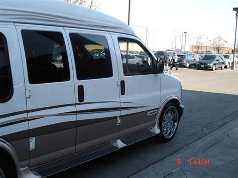1999 chevrolet express 1500 reppinthechi 1999 chevrolet express 1500 cargo specs