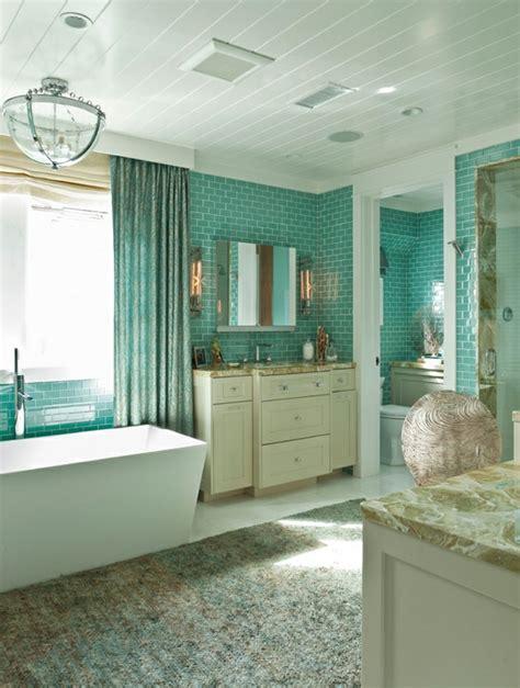 salle de bain turquoise et marron obasinc