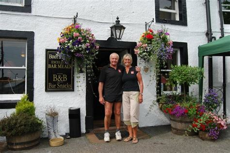 ben and jan mandale licensees picture of the boot