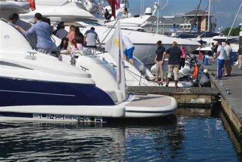 yacht hire uk sunseeker motor yacht hire