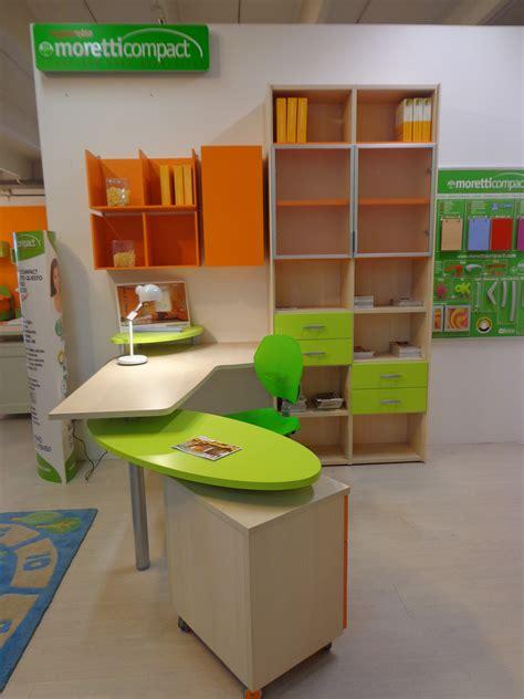 scrivania con libreria per cameretta scrivania libreria sottocosto camerette a prezzi scontati