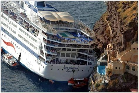 carnival paradise cruise ship sinking the gallery for gt carnival paradise cruise ship sinking 2012