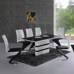 Black And White Dining Table And Chairs 25 Best Ideas About Black Glass Dining Table On Glass Kitchen Tables Glass Dining