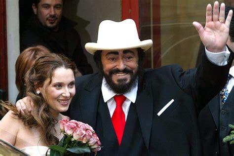 nicoletta mantovani biografia fallece el tenor luciano pavarotti