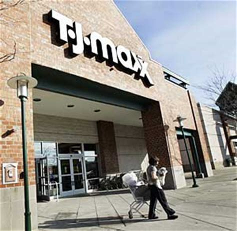 457 Million Credit Cards Stolen Through Tj Maxx by Tjx Fires Employee For Disclosing Security Problems Wired