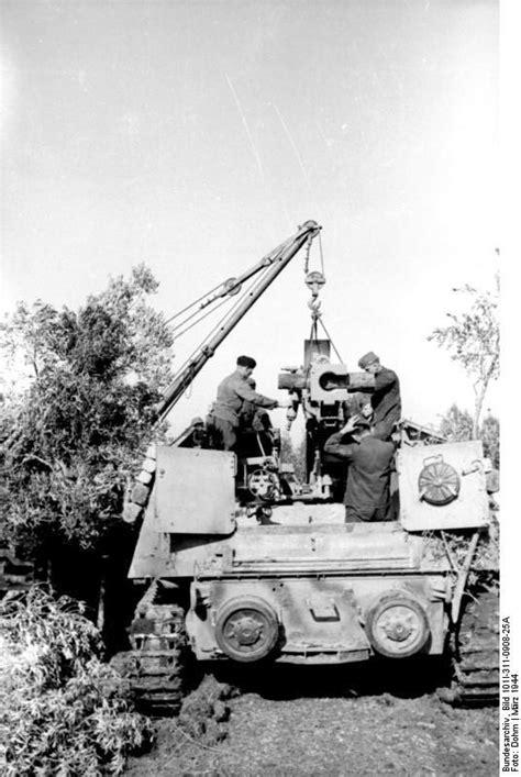 File:Bundesarchiv Bild 101I-311-0908-25A, Italien