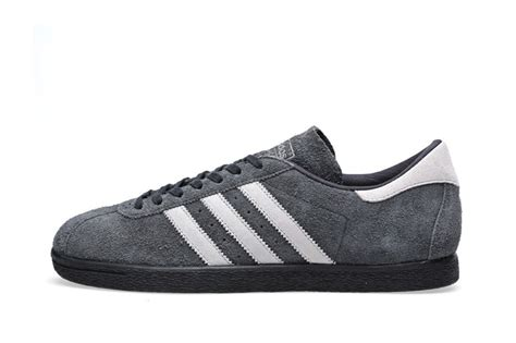Sneakers Adidas Premium Black adidas originals tobacco premium vintage suede pack