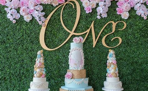 Marie Antoinette 1st Birthday Party   Pretty My Party