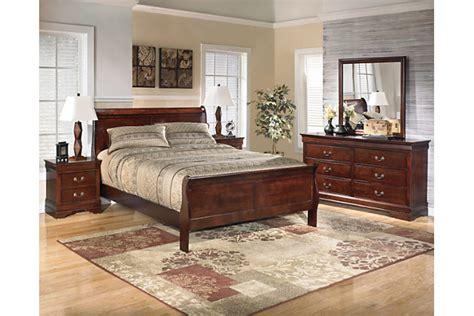 ashley furniture master bedroom sets alisdair 5 piece queen master bedroom ashley furniture
