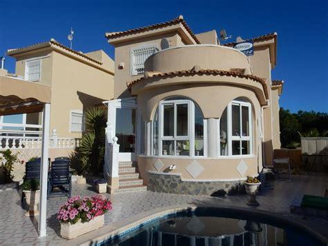 2 bedroom villas in spain este maravilloso 3 dormitorios 2 ba 241 os chalet est 225