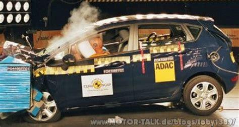 wann geht ein airbag auf ab wann muss ein airbag auf gehen toby1389