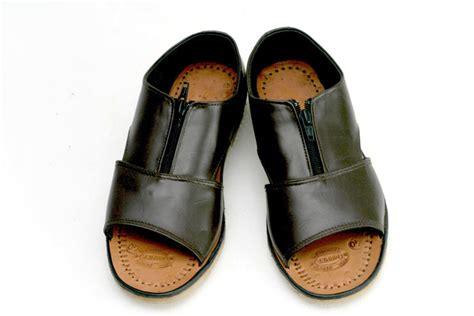 Sandal Khas Yaman Sandal Arab Sandal Unik sudah tahu sandal sandal khas indonesia tradisional tapi modis news from indonesia