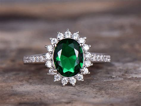 Emerald Engagement ring,6x8mm Oval Cut Vintage Emerald