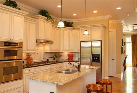 new kitchen trends choose one of the 2014 kitchen cabinet color trends my