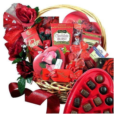 best valentines gifts the best valentines day gifts for her happy