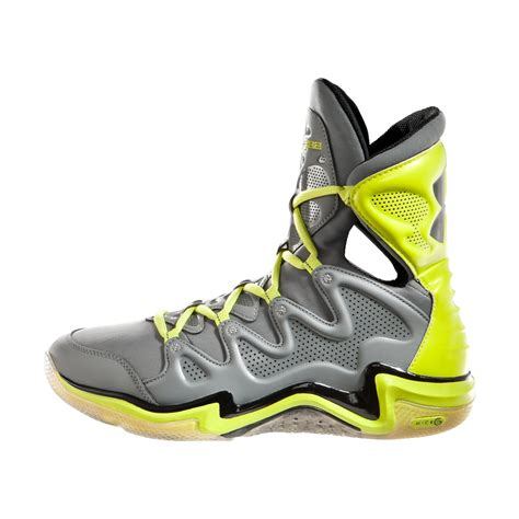 basketball shoes with ankle support devan asks about men s ua charge bb basketball shoes needle