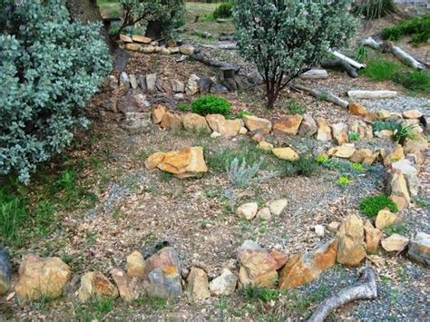 ghiaia da giardino prezzi ghiaia per giardini crea giardino sassi da giardino