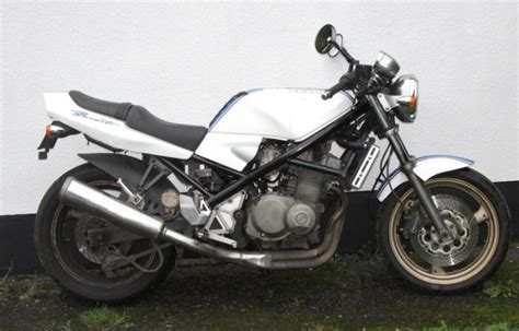 Suzuki 400 Bandit For Sale Suzuki Gsf Bandit 400 Breaking For Parts For Sale In