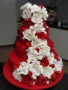 23 best images about velvet wedding cakes on wood cake stands velvet