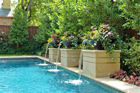 Private Swimming Pools   Contemporary   Pool   Dallas   by Harold Leidner Landscape Architects
