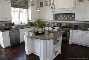 White Kitchens Cabinets by Pictures Of Kitchens Traditional White Kitchen