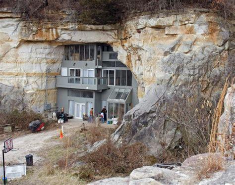 a modern hermit s cave citydesert