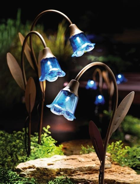 light lawn stakes blue bell solar lawn stakes