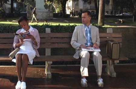forrest gump park bench scene forrest gump telling his story on the savannah park bench