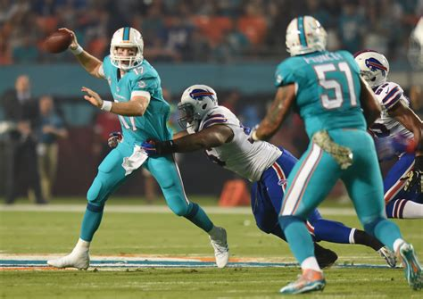 miami dolphins news rumors sun sentinel ryan tannehill isn t insulted by the title game manager