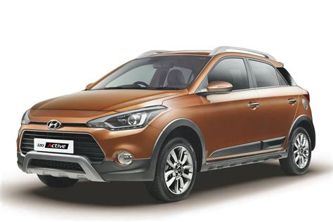 Hyundai i20 Active launched at Rs 6.38 lakh   Car News