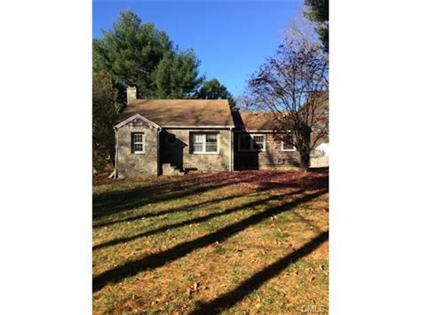 Norwalk Ct Property Records 253 W Rocks Rd Norwalk Ct 06851 Property Records Search Realtor 174
