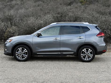 grey nissan rogue 2017 ratings and review 2017 nissan rogue hybrid ny daily