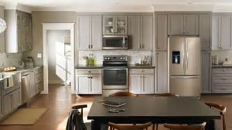Cream Kitchen Cabinets With Stainless Steel Appliances Must Have Amenities For The Home Houseplansblog