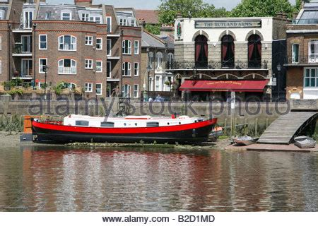 thames river arms the rutland arms pub lower mall hammersmith london