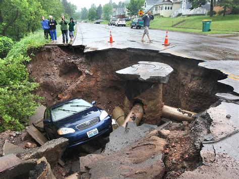 Sink Holes Usa by 10 Sinkhole Facts That Could Save Your Cbs News