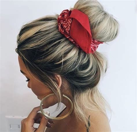 Hairstyles With Bandanas by Best 25 Bandana Hairstyles Ideas On Hair