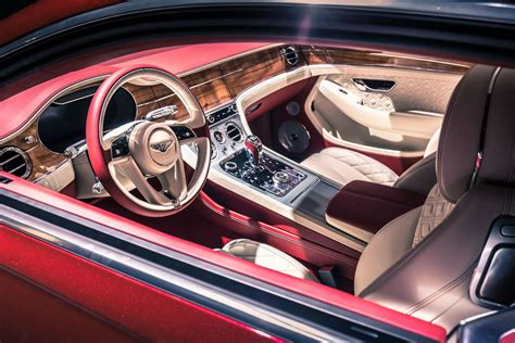bentley continental interior 2017 the bentley continental gt looks gorgeous carwitter
