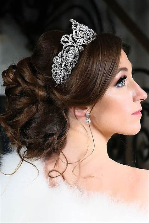 Hairstyles Using Hair Accessories by 3616 Best Wedding Hairstyles Updos Images On
