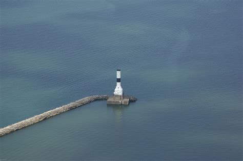 boats for sale conneaut ohio conneaut harbor lighthouse in conneaut oh united states