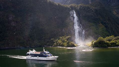 doubtful sound boat trip milford sound scenic cruises real journeys new zealand