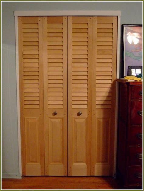 install bifold closet doors installing bifold closet doors pilotproject org