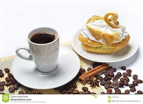 kuchen kaffee tasse kaffee und kuchen stockbild bild nachtisch