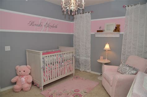 pink baby bedroom ideas here s the name on the wall and the white lace curtains 16700 | 3cc477ccc30b9f355b9174d58d837e07