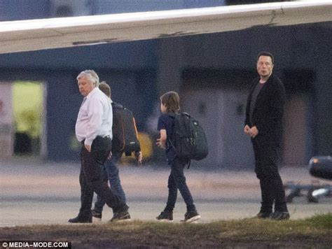 elon musk private jet amber heard leaves sydney with elon musk daily mail online