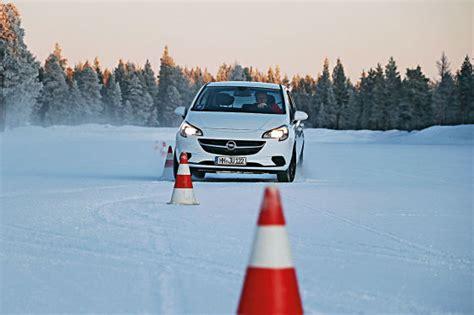 Reifentest Autobild by Ganzjahresreifen Reifenprofiltiefen Im Test Autobild De