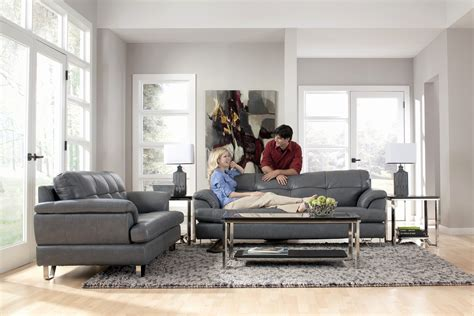what color sofa goes with gray what colour carpet goes with charcoal grey sofa www
