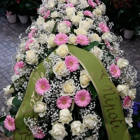 fiori funebri composizioni floreali funebri fiorilandia